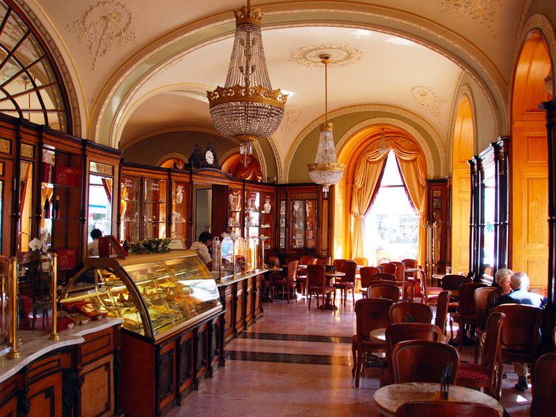 Будапешт кафе сладости