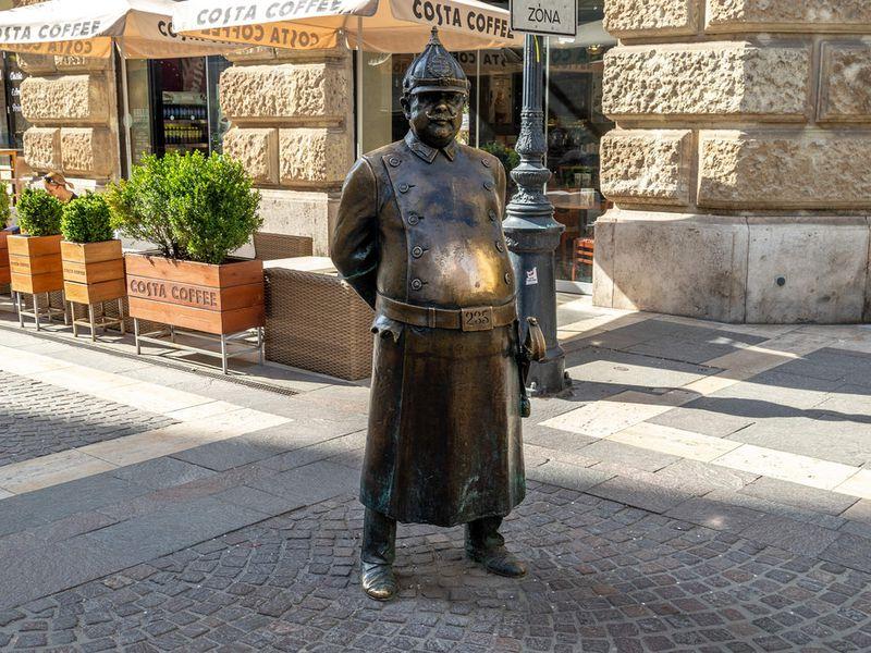 Будапешт необычные памятники