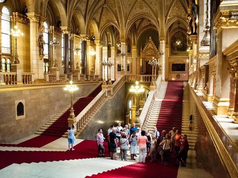 Экскурсия в Парламент Будапешта